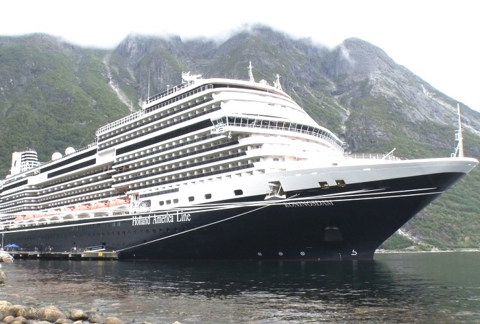 no234_img_cruiseship